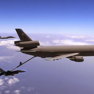 Tanque de combustível para avião